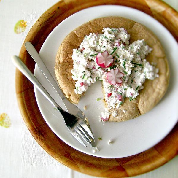 Wiosenny omlet biszkoptowy