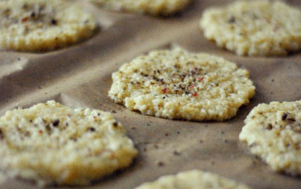 Pieczone placuszki z kaszy jaglanej