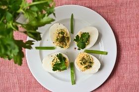 jajka-faszerowane-ziołami-2