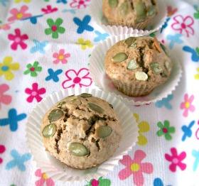 Muffiny z suszonymi owocami