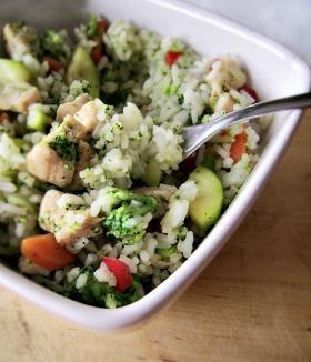 Ryż z pikantnym kurczakiem i warzywami
