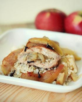 Pieczony-kurczak-faszerowany-jablkiem