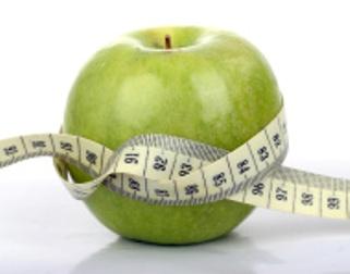 zielone jabłko centymetr